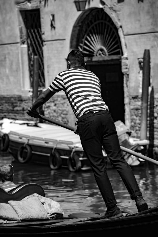 Makujen, mielikuvien ja elämysten ruuhkaa Italiankesässä