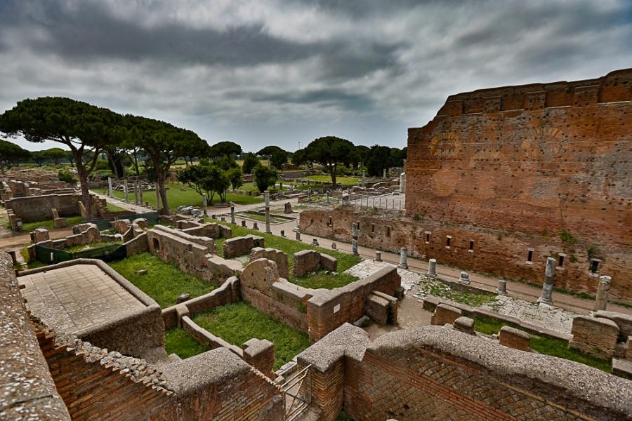 Mittumaaria Ostiassa – Roomanportilla